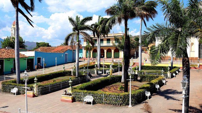 Panorámica de la Plaza Mayor de Trinidad
