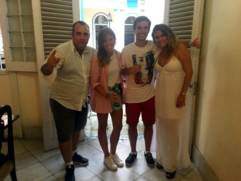 Con Leo y Ángela de copas