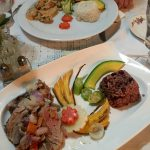 Platos cubanos en Cenando en Sol Ananda